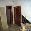 Derribar una Casa de 100 Metros Manteniéndo la Fachada Que es  Protegida