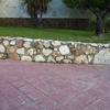 Construir Muro de Piedra Natural de 22 m por 1,8 m