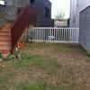 Construcción de patio de entrada en vivienda unifamiliar