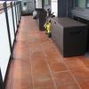 Suministro e instalación de tarima exterior para terraza en barcelona