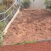 Construir escalera sencilla en terreno con pendiente