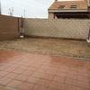 Echar cemento en patio