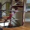 Completar barandilla de escalera caracol