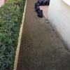 Poner hormigón en el jardin