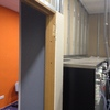 Cambiar puerta office local lavanderia