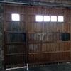 Cambio puerta sobre raíles a puerta automática eléctrica