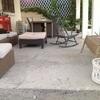 Suelo de cemento pulido en porche exterior