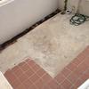 Nivelado cementado y alisado suelo patio