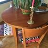 Quiero lacar mesa de comedor y cuatro sillas