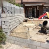 Forrar muro de bloques grises con piedra