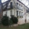 Fachada casa tres plantas