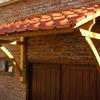 Marquesina de madera para puerta exterior