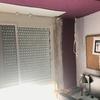 Enlucir y pintar rincón de una habitación