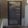 Cambio de puerta metálica de entrada chalet