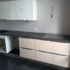 Colocación de azulejos en una cocina