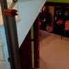 Instalar cerramiento en escalera unifamiliar con instalación de puerta