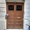 Restaurar puerta de madera de portal
