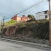 Construcción muro de contención con bloques de hormigón