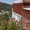 Reparar grietas fachada lateral de casa unifamiliar