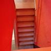 Pulir y abrillantar escaleras con sus descansos y zócalos