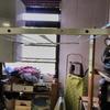 Arreglo de las cuerdas para colgar,deun tendedero de techo