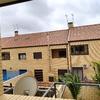 Instalación de ventana para cerrar terraza cubierta