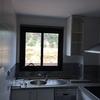 Amueblar aprovechando al máximo los espacios de una pequeña cocina nueva.