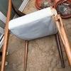 Lijar y poner a punto muebles de teka en jardín también habría que reparar una silla