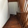Barnizado escalera madera