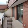 Colocación 2 toldos en terraza ático en fachada ventilada cerámica