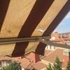 Cambiar toldo con cofre en balcón