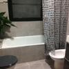 Cambio plato ducha, instalación panel fijo ducha y abatible en bañera