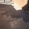 Alicatar suelo de la entrada de la casa con inclinación para desagüe