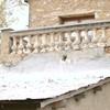 Retejar tejado cambiando vigas de madera a hierro losas de pizarra
