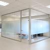 Instalación mampara oficina cristal difuminado