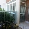 Puerta aluminio entrada chalet