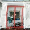 Sustituir puertas y ventanas de madrea por aluminio en piso en sant pere de ribes, barcelona