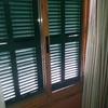 Persiana mallorquina en ventana