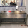 Construir una pila lavamanos en baño industrial, (fabrica metalurgica)  la pila seria similar a la vista en foto