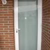 Puerta de aluminio y cristal