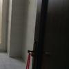 Pintar puertas interior piso