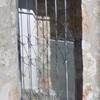 Suministro colocación puerta metálica con electrocerradura