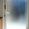 Cambiar puerta de aluminio de entrada a mobilhome