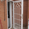 Instalacion de rejas en puertas y ventanas de un piso
