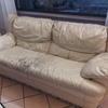 Tapizado en piel de dos sofas