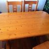 Poner cristal resistente, encima de mesa de madera medidas 1,40 mts x 0,80 mts