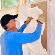 Para aislar térmicamente un forjado, ¿qué es mejor, el poliuretano proyectado de 3cm de espesor o lana de roca de 6 cm de espesor?